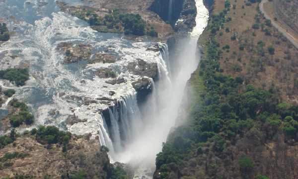 ヴィクトリアの滝の画像 p1_23